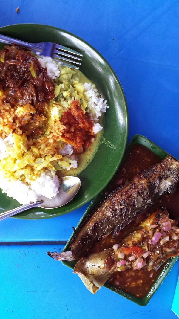 Ikan Bakar Pak Din at Tanglin