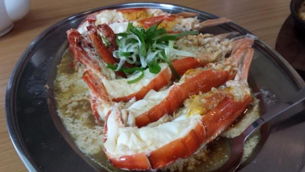 Fresh seafood at Restoran Delight in Temerloh