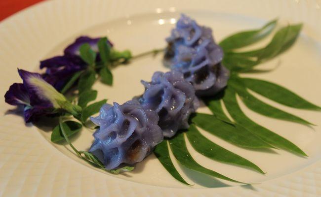 How to Make Chor Muang (Thai Royal Steamed Dumplings)