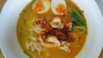 How to Make Har Meen (Malaysian Prawn Noodle Soup)