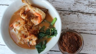 How to Make Crispy Fried Onion, Prawn Stock Paste and Airfryer Ikan Bilis