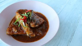 How to Cook Fish with Tom Yum Sauce