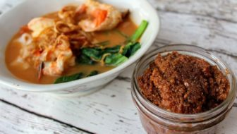 How to Make Sambal for Prawn Noodle Soup (Har Meen) (Low-Carb)