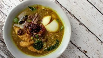 How to Make Indonesian Sup Soto (Low Carb)