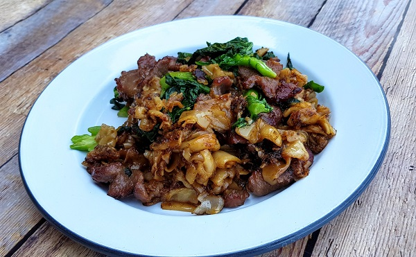 How to Cook Stir-Fried Lamb Noodles