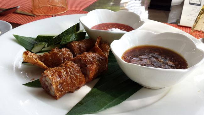 How to Make Chicken Lorbak (Loh Bak)