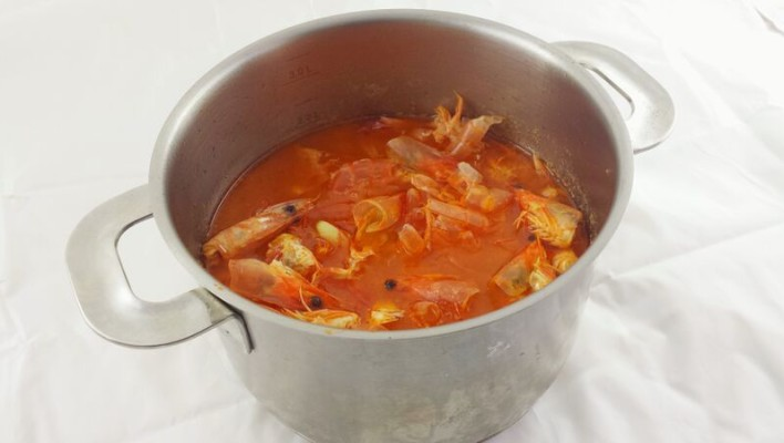 How to Make Malaysian Prawn Stock