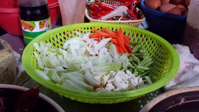 Vegetables used in the Maggi Ketam