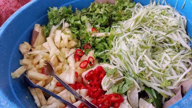 Herbs and vegies for Laksam and Laksa Kelantan