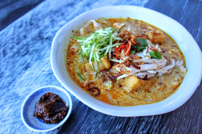 How to Make Laksa Paste and Rendang Curry Paste - Jackie M
