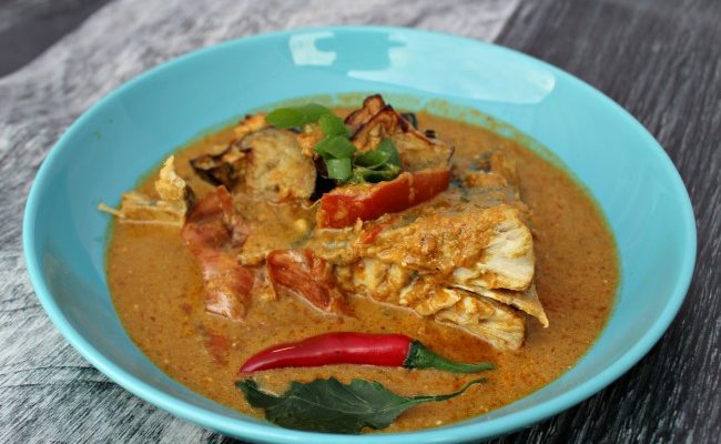 How to Cook Stingray Curry and Stuffed Eggplant