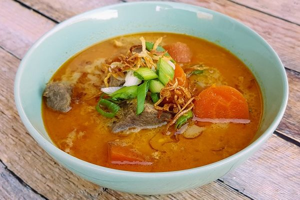 How to Make Sup Kambing (Malaysian Goat Soup)