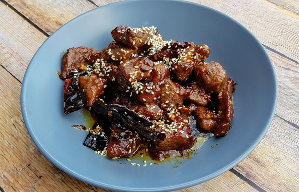 How to Cook Stir-Fried Xinjiang-Style Cumin Lamb