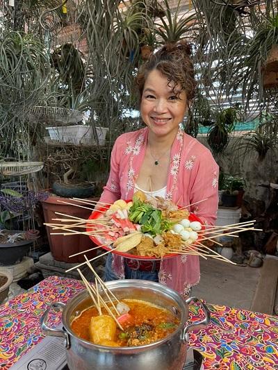 Nyonya expert Debbie Teoh with Satay Celup