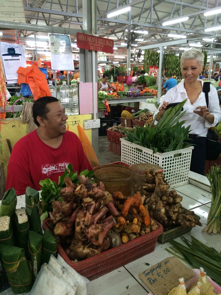 Friendly shopkeeper at Chow Kit Wet Market