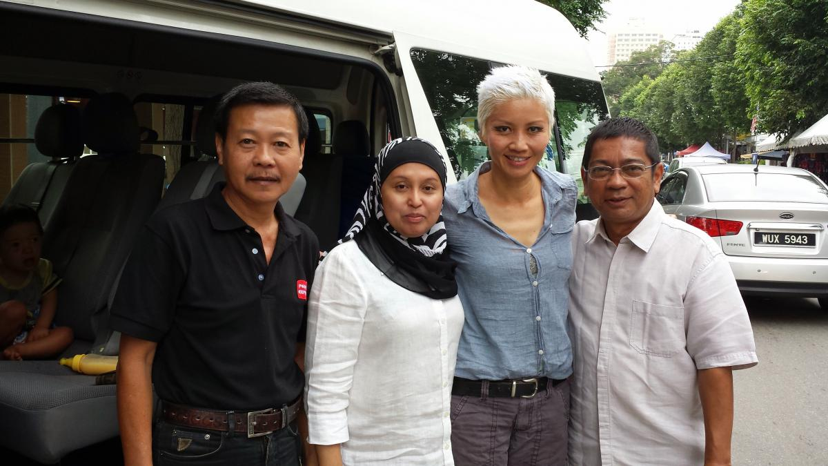 Tony (driver), Kak Intan of Bagasta, moi and Mr. Shaukani (tour guide)